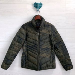 Abercrombie & Fitch Camo Duck Down Filled Puffer